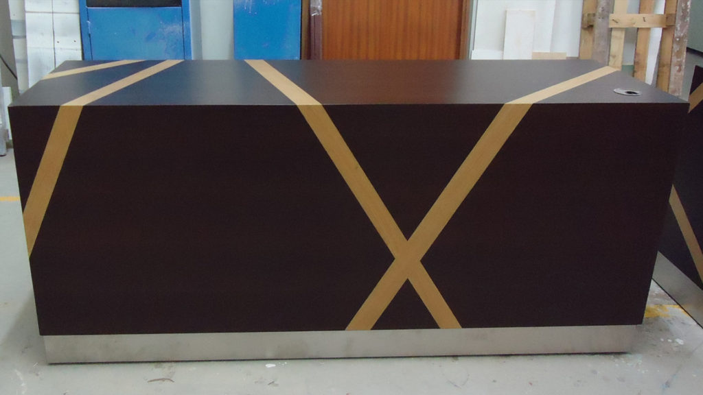 Escooh_Projects_Conference room desk 2